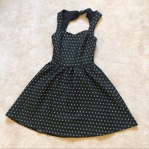 Retro polka dot skater dress | vintage look